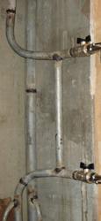 Рисунок 9. Отводы от стояка, смещённый незауженный байпас.